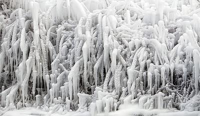 2010-12-27 - Niagara - 50C
