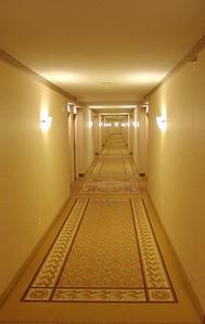 Niagara - Sheraton Hotel Corridor