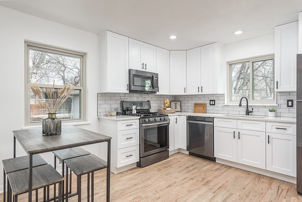 9335 W 52nd Ave-14