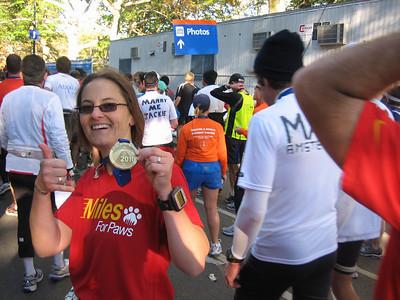 2010-11-07 - ING NYC Marathon - Miles For Paws