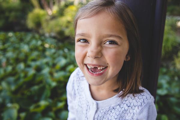 Ella // No Teeth