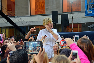 Miley Cyrus Performing Live at NBC's TODAY Show Concert Series