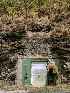 crater bunker