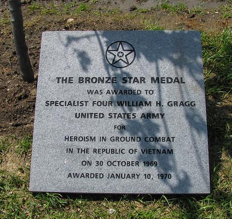 Gragg plaque