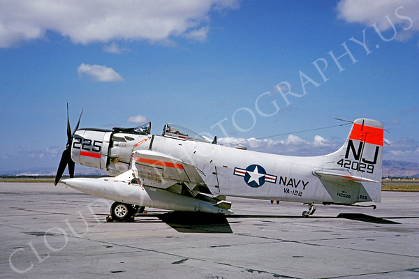 US Navy Douglas A-1 Skyraider Military Airplane Pictures