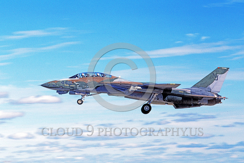 F-14USN-CAM 0012 A flying Grumman F-14 Tomcat USN VF-124 GUNFIGHTERS 11-1986 military airplane picture by Michael Grove, Sr