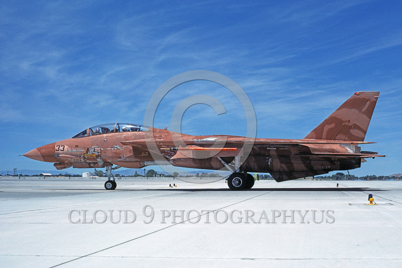 F-14USN-CAM 0005 A taxing pinkish-brown water color camouflage USN Grumman F-14 Tomcat jet fighter 158978 NAS Fallon 6-1985 military airplane picture by Michael Grove, Sr