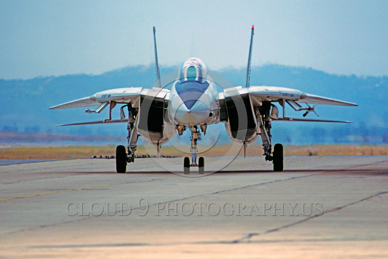 F-14USN-Generic 0001 A taxing Grumman F-14 Tomcat USN jet fighter NAS Miramar military airplane picture by Peter J Mancus