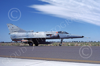 F-21-USN 00019 A taxing Israeli Aircraft F-21 Kfir jet fighter USN 999786 VF-43 CHALLENGERS NAS Fallon 6-1987 military airplane picture by Michael Grove, Sr