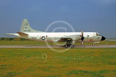 P-3USN 00013 Lockheed P-3 Orion USN 157315 VP-24 25 June 1972 by Volkert von den Berg