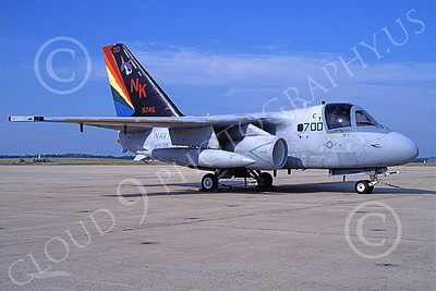 S-3USN 00027 A static Lockheed S-3 Viking USN 159745 VS-35 BOOMERANGERS commanding officer's NAF Washington 7-1999 military airplane picture by Phil Briggs