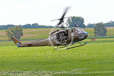H-1USA 00004 A landing Bell H-1 Iroquois Huey US Army military helicopter picture by Peter J Mancus