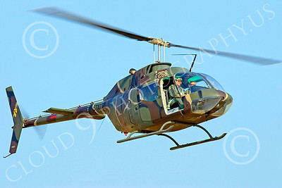 OH-58USA 00002 A flying Bell OH-58D Kiowa US Army helicopter picture 8-2009 by Peter J Mancus