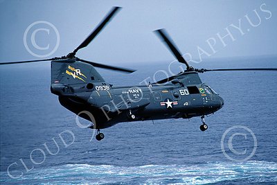 CH-46USN 00012 A flying Boeing CH-46 Sea Knight USN HC-11 7-1982 helicopter picture by Peter J Mancus