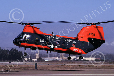CH-46USN 00006 A flying Boeing CH-46 Sea Knight USN NAS Pt Mugu 7-1989 helicopter picture by Peter J Mancus