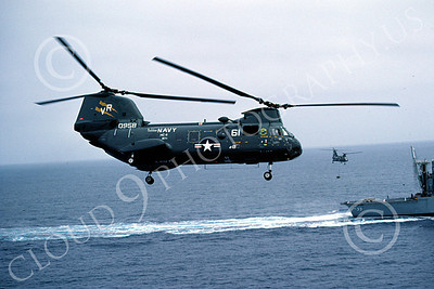 CH-46USN 00018 A flying Boeing CH-46 Sea Knight USN HC-11 8-1982 helicopter picture by Peter J Mancus