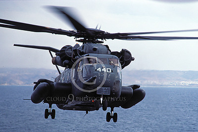CH-53EUSN 00002 A flying Sikorsky CH-53E Super Stallion USN helicopter picture 3-1985 by Peter J Mancus