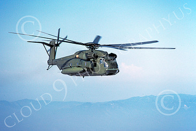 CH-53EUSMC 00068 A flying Sikorsky CH-53E Super Stallion USMC 4-1985 helicopter picture by Peter J Mancus