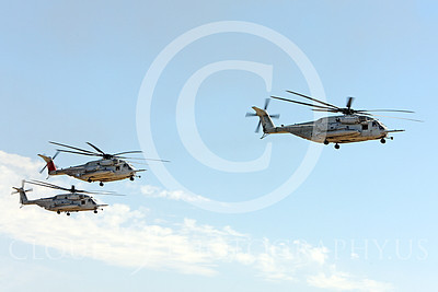 CH-53EUSMC 00062 Three in-flight USMC Sikorsky CH-53E Super Stallions, military helicopter picture, by Peter J Mancus