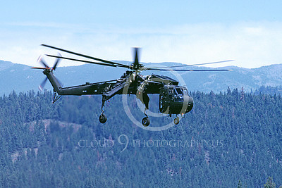 CH-54NG 00002 A flying Sikorsky CH-54 Sky Crane Tarhe Reno Nevada Natl Guard Truckee 6-1990 helicopter picture by Peter J Mancus