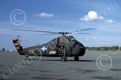 H-34USA 00001 A taxing Sikorsky H-34 Choctaw US Army helicopter picture 5-1972 by W T Larkins