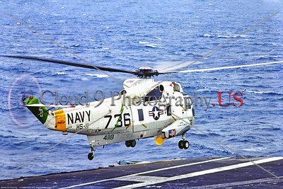 SH-3USN-HS-11 001 A Sikorsky SH-3 Sea King USN ASW helicopter, HS-11 DRAGONSLAYERS, 154118, hoovering above USS John F  Kennedy, 1974, military helicopter picture by Charles Canco, Stephen W  D  Wolf coll    DDD_3875     Dt