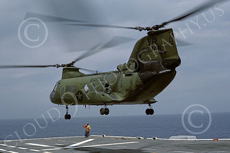 CH-46USMC 00035 A USMC Boeing CH-46 Sea Knight lifts off from the USS Tarawa LHA-1, 6-1985, by Peter J Mancus