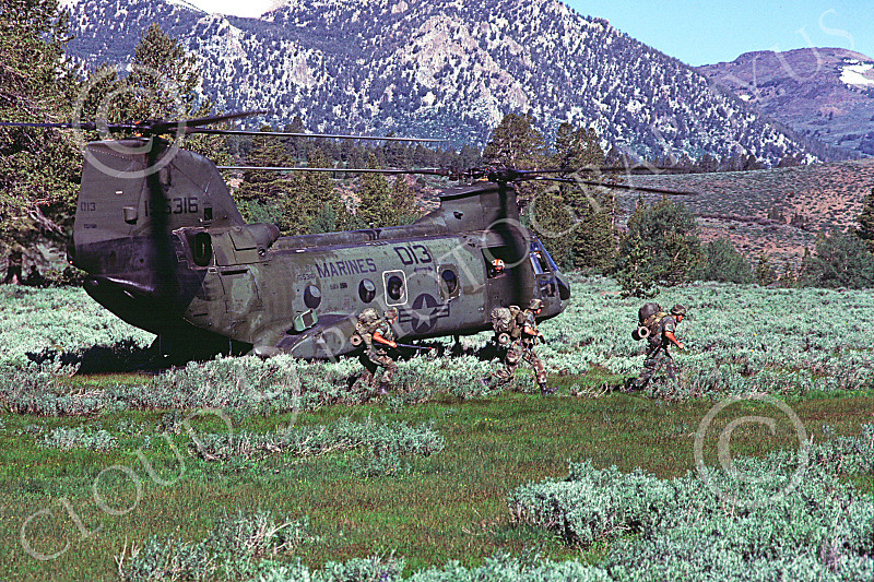 CH-46USMC 00043 A Boeing CH-46E Sea Knight USMC Camp Pendelton 4-1985 helicopter picture by Peter J Mancus