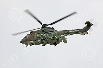 Super Puma 00010 A flying Eurocopter Super Puma French Army helicopter picture by Paul Ridgway