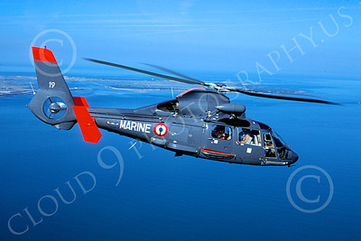 AS 565 00004 A flying Eurocopter AS 565 Panther French Navy 9-2004 helicopter picture by Thomas Byrne
