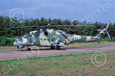 Mi-24 00009 A static Mil Mi-24D Hind attack helicopter East German Air Force 6-2003 by MarinusTabak