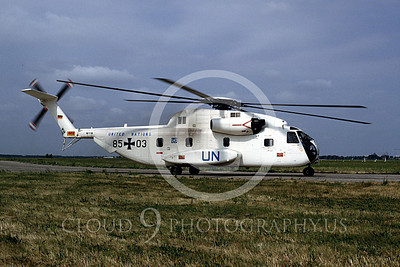 CH-53Forg 00005 A taxing Sikorsky CH-53 Sea Stallion Germany United Nations 6-1997 helicopter picture by Wilfreid Zetsche