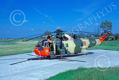 Westland Sea King 00019 A static Westland Sea King Belgium Air Force helicopter picture 7-1987 by H J van Broekhuizen