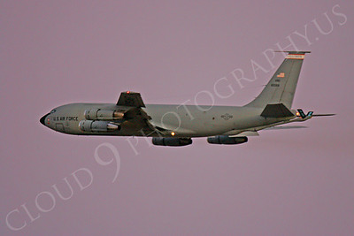 KC-135ANG 00016 BoeingKC-135E Stratotanker Illinois Air National Guard by Peter J Mancus