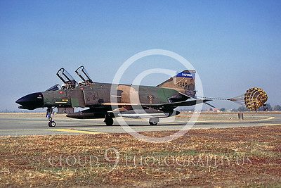 CHUTE 00052 McDonnell Douglas F-4 California ANG Dec 1985 by Peter J Mancus