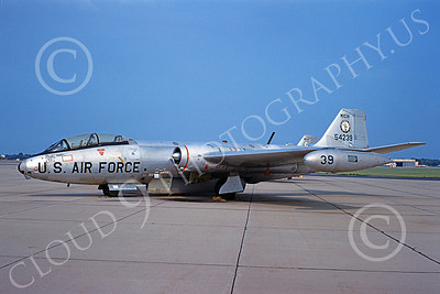 B-57ANG 00019 A static bare metal Michigan ANG Martin B-57 Canberra 54239 8-1968 military airplane picture by Peter B Lewis