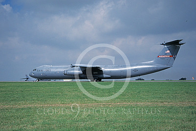 C-141BANG 00005 A taxing Lockheed C-141B Starlifter Tennessee ANG 70024 4-2001 military airplane picture by Bill Moore
