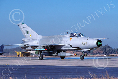 Chengdu F-7 00012 A taxing Chengdu F-7 Pakistani Air Force 90572 8-2002 military airplane picture by Rogier Westerhuis