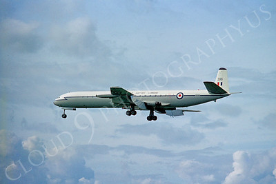 de Havilland Comet 00004 de Havilland Comet British RAF Comet by Clive Moggoridge