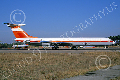 Il-62 00003 A static Ilyushin Il-62 Classic German Air Force 11 20 9-1992 military airplane picture by Harold Hawkins