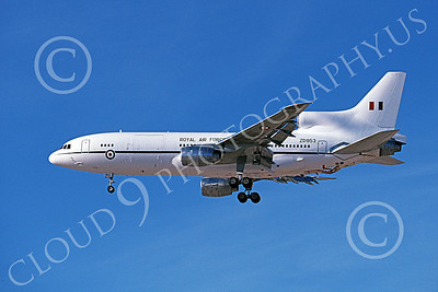 L1011Forg 00008 A landing Lockheed L1011 Tristar British RAF ZD953 1-1999 military airplane picture by Michael Grove, Sr