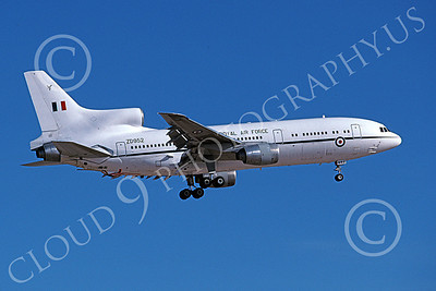 L1011Forg 00006 A landing Lockheed L1011 Tristar British RAF ZD952 4-2001 military airplane picture by Michael Grove, Sr