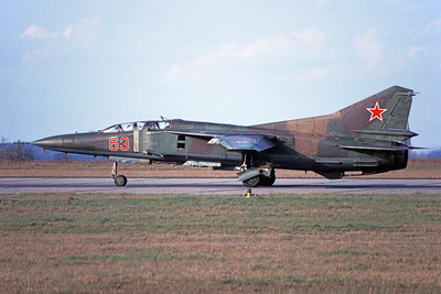 MiG-23UB 00015 A taxing two seat Mikoyan-Guryevich MiG-23UB Flogger Soviet Air Force 63 6-1992 military airplane picture by E De Kruyff