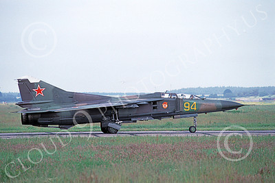 MiG-23UB 00009 A taxing two seat Mikoyan-Guryevich MiG-23UB Flogger Soviet Air Force 94 6-1992 military airplane picture by E De Kruyff
