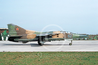 MiG-23UB 00013 A taxing two seat Mikoyan-Guryevich MiG-23UB Flogger Soviet Air Force 62 5-1993 military airplane picture by E De Kruyff