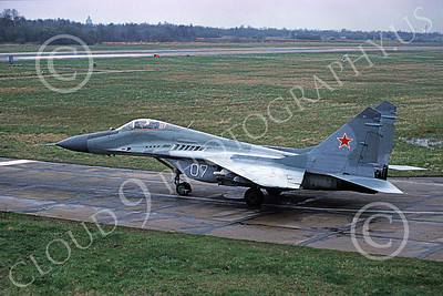 MiG-29 00053 A taxing Mikoyan-Guryevich MiG-29 Fulcrum jet fighter Soviet Air Force 07 4-1994 military airplane picture by Wilfreid Zetsche