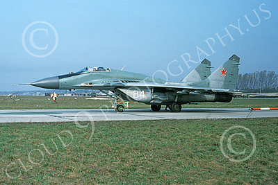 MiG-29 00051 A taxing Mikoyan-Guryevich MiG-29 Fulcrum Soviet Air Force 84 6-1992 military airplane picture by Wilfreid Zetsche