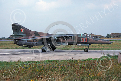 MiG-23 00051 A taxing Mikoyan-Guryevich MiG-23 Flogger Soviet Air Force 33 8-1992 military airplane picture by Wilfreid Zetsche