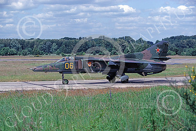 MiG-23 00047 A taxing Mikoyan-Guryevich MiG-23 Flogger Soviet Air Force 06 8-1992 military airplane picture by Wilfreid Zetsche