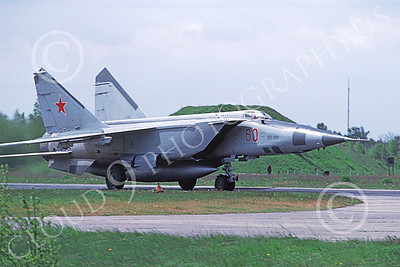 MiG-25 00027 A taxing MiG-25 Foxbat Soviet Air Force 60 interceptor 5-1991 military airplane picture by Wilfried Zetsche